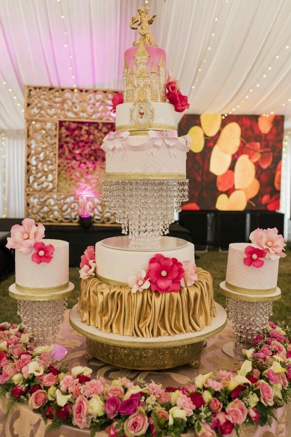 cake-600x899