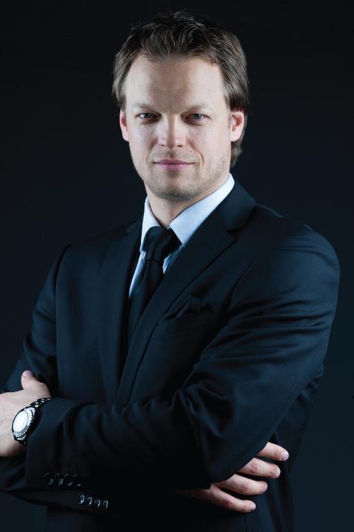 Dr Tilman Stasch.