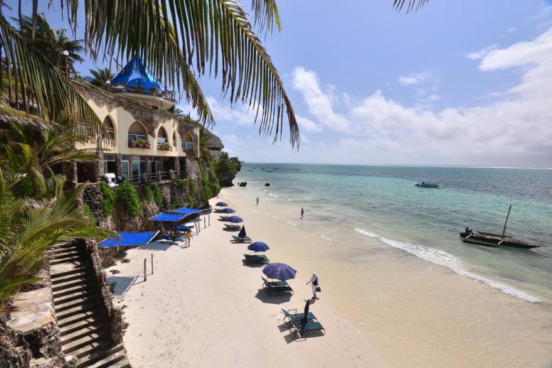 Bahari Hotel 1