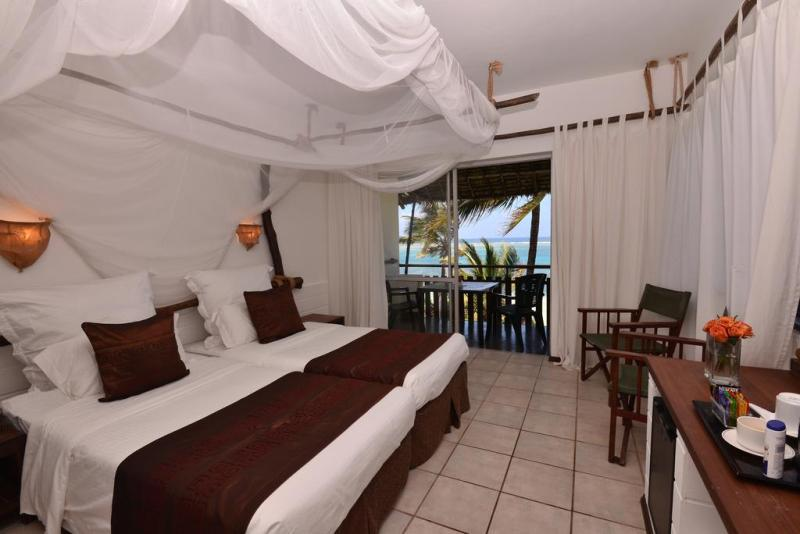 Bahari Hotel
