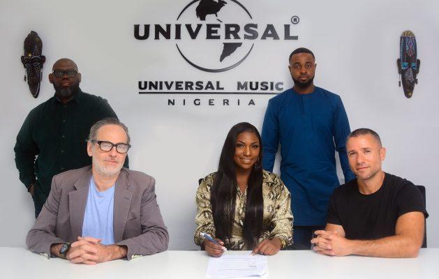 Irene Signing UMG